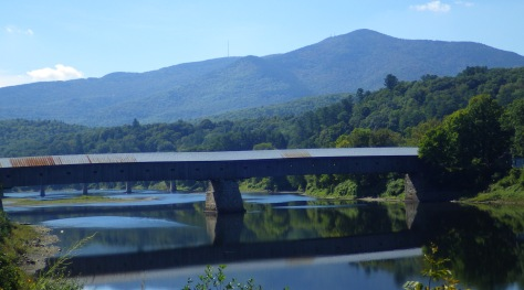 Covered bridge connecting New Hampshire and Vermont