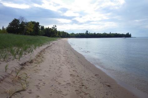 The sandy beach at York Island